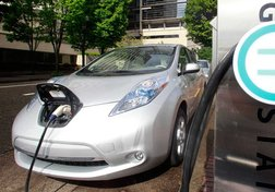 Ottawa pushes electric vehicles, so why aren't drivers flocking to them?
