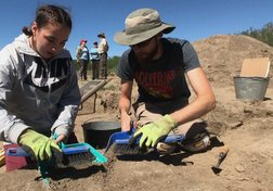 Siksika Nation teens reconnect with history in archeological dig