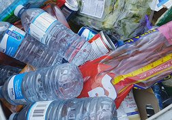 Food waste: What some supermarkets throw out